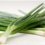 Чем полезен зеленый лук